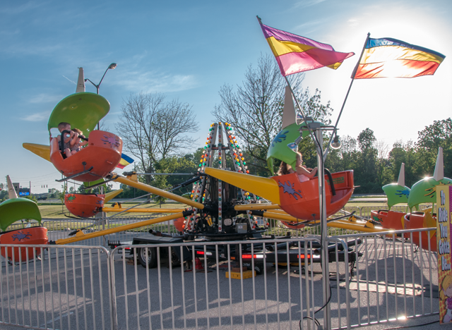 Guide To The Broward County Fair in addition Rides besides 1889 Tilt A Whirl in addition Board Buys Carnival Rides For Fairgrounds likewise Tilt Ap. on tilt a whirl carnival ride